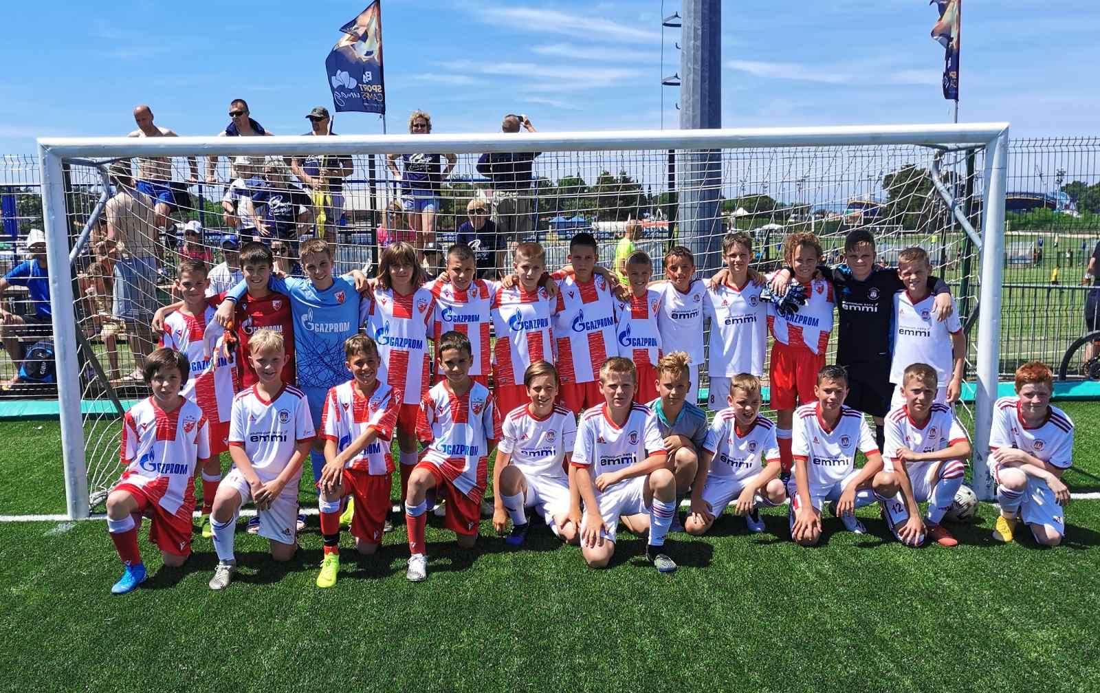 Mladi nogometaši Kety Emmi U-11 navdušili na turnirjih v Grosupljem in Umagu